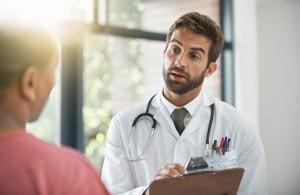 CONICYT abrió concurso para becas de Subespecialidades Médicas en el Extranjero 2016