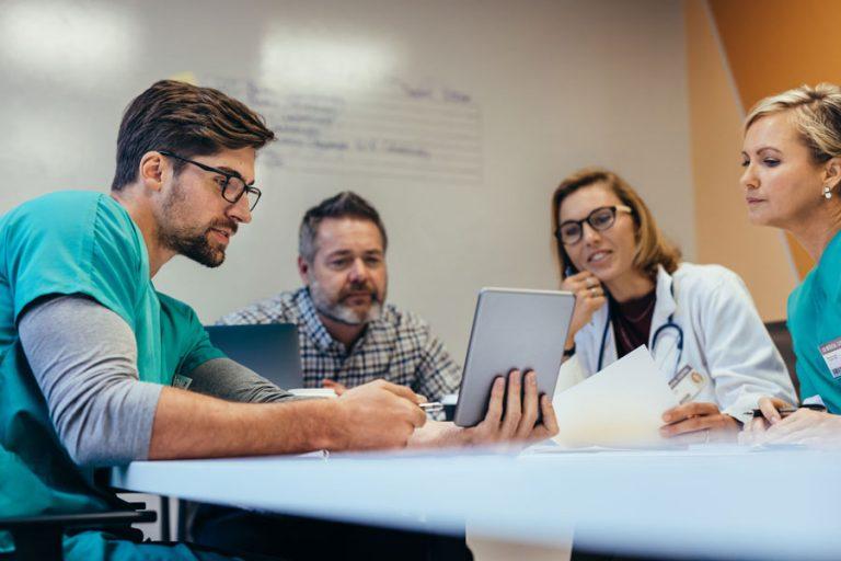 CONICYT abre postulaciones a Beca de Subespecialidades Médicas en el extranjero