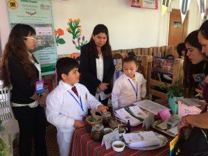 Pequeños estudiantes mostraron sus experiencias científicas en Arica