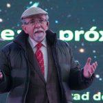 imagen.jpg Dr. Maza durante charla