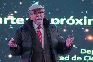 José Maza da charla de divulgación científica más masiva en Rancagua