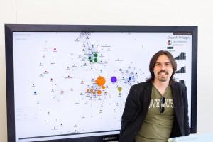 """César Hidalgo: """"Transformo datos en historias, con una parte de ciencia y una de arte"""""""