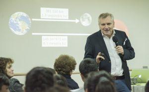 Con charla del Presidente del Consejo de CONICYT se lanzó 1000 Científicos 1000 Aulas en todo Chile