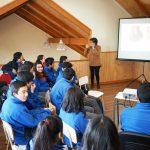 La historia en un jarro: conferencia sobre alfarería se desarrolló en exposición de PAR Explora Los Ríos y Museología UACh en Río Bueno