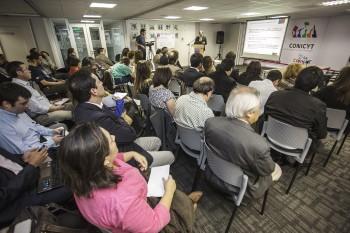 Fondecyt abre concursos a Proyectos de Iniciación en Investigación y Postdoctorado