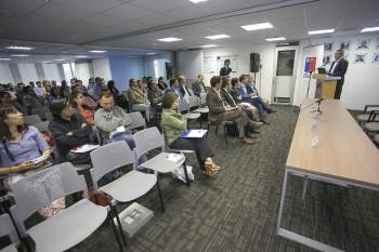 El director (s) del Programa Fondecyt, Luis Gutiérrez, fue el encargado de dar el vamos a la décima versión de este taller.