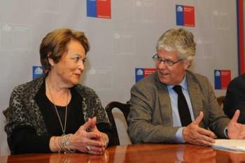 Profesora Ligia Gargallo recibe Premio Nacional de Ciencias Naturales 2014