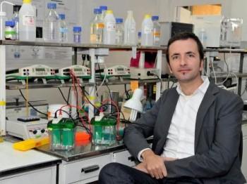 Investigador Fondecyt recibe premios internacionales