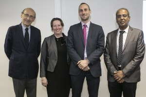 Doctor Francisco Brieva, presidente de CONICYT; Fiona Clouder, embajadora del Reino Unido; Andrew Chadwick, director British Council Chile; Khaled Awad, director (s) Fondef.