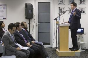 El lanzamiento de la primera convocatoria fue encabezado por el ministro de Economía, Fomento y Turismo, Luis Felipe Céspedes, y por el director Ejecutivo de CONICYT, Christian Nicolai.