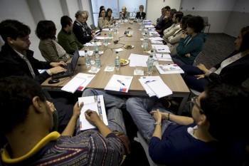 Doctores seleccionados en el Concurso de Apoyo al Retorno 2013 se reúnen con presidente de CONICYT