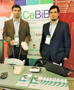 1. Rodrigo Maureira (izq) y Vader Johnson (der), los co-creadores del ecógrafo portátil Taote