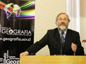 Director de Centro Regional recibe Premio Nacional de Geografía 2016