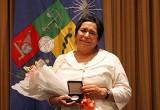 Profesora Victoria Castro recibió Premio Amanda Labarca 2014