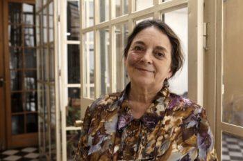 Premio Nacional de Humanidades y Ciencias Sociales 2017 es otorgado a la psicóloga Elizabeth Lira