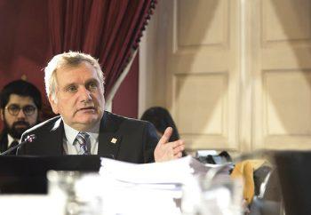 """Presidente del Consejo de CONICYT, Mario Hamuy: """"Necesitamos un ministerio que lleve la ciencia al nivel donde se discuten las políticas que construyen Chile"""""""