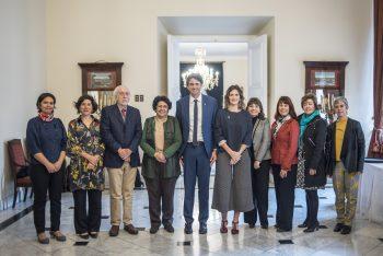 Ministerio de Ciencia y CONICYT reciben a los Premios Nacionales 2019